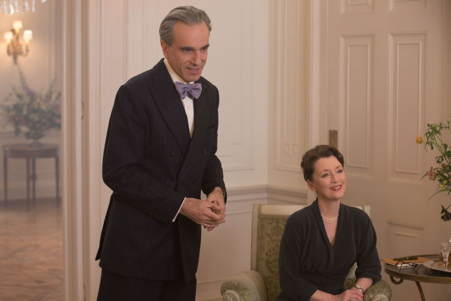 636495268774115289-AP-FILM-REVIEW-PHANTOM-THREAD-96097381